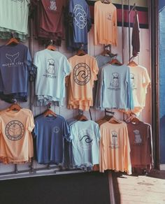 life is good shirts vsco - shirts vsco & shirts vsco girl & life is good shirts vsco & vsco shirts to buy & vsco tie dye shirts & vsco tee shirts & cute vsco shirts & vsco girl t shirts Cute Casual Outfits, Summer Outfits, Casual Shoes, Surfergirl Style, Jugend Mode Outfits, Summer Aesthetic, Teen Fashion Outfits, Cute Shirts, Aesthetic Clothes