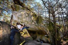 Was für ein toller Boulder. Leider immer noch ein Projekt  Schönen 4. Advent  .  #fontainebleau #bleau #7a . . . . #bouldern #klettern #france #bouldering #climbing #timetoclimb #bouldering_pictures_of_instagram #climbing_pictures_of_instagram  #climbing_is_my_passion #climb #escalada #photooftheday #nature #fun #nofilter #outdoor #climbingisfun #great #love  #mainbloc