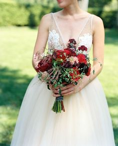 Lauren Schwab and Bobby Webster's East Hampton's LongHouse Reserve Wedding Floral Wedding, Wedding Bouquets, Wedding Gowns, Wedding Flowers, Wedding Bells, Black Calla Lily, Wedding Styles, Wedding Photos, Hamptons Wedding