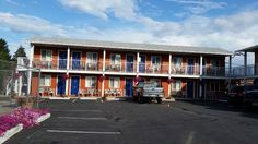 Building exterior, Cactus Tree Inn  |  5887 97th Street, Oliver, British Columbia V0H 1T0, Canad