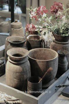 houten kruiken en vazen uit Nepal
