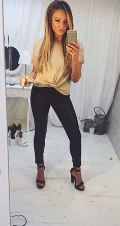 charlottecrosby❤️ Charlotte Crosby Hair, Charlotte Geordie, Charlotte And Gary, Charlotte Letitia, Amber Hair Colors, Tumblr Outfits, Woman Crush, Blonde Hair, Winter Outfits