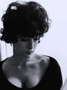 "Vintage Breeze - monbiomoulin:   Shirley MacLaine dans ""Irma La..."