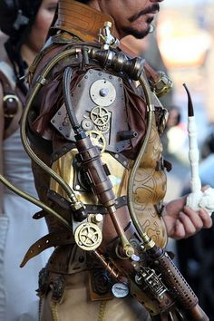 'Steampunk Overlord' by steampunklord. steampunk mechanical(all my costumes are my designs) Steampunk Cosplay, Moda Steampunk, Viktorianischer Steampunk, Steampunk Kunst, Steampunk Gadgets, Steampunk Design, Steampunk Clothing, Steampunk Goggles, Steampunk Necklace