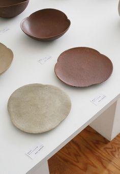 Japanese Plates, Japanese Ceramics, Japanese Pottery, Ceramic Tableware, Ceramic Bowls, Ceramic Art, Pottery Plates, Ceramic Pottery, Pottery Art