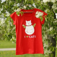 Usual price US$24.99. New price US$18.99! Cotton t-shirt with a velvet and golden printing. Size XL. #sweater#catlovers#lovecats #catlove#cotton#ilovecats#cute#summer2017 #comfort#catofinstagram#summerstyle#nicepic#sweatshirt#textiles#purr#lovecat#textile#summerfashion#summer17#lovemycat#funnycat#catslife#styled#purrfect#creatives#lookbookbbk#catloversclub#forher#goldens#newbrand