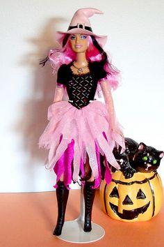 Barbie Dolls Diy, Barbie Skipper, New Dolls, Diy Doll, Barbie Clothes, Barbie Party, Doll Party, Halloween Spells, Halloween Art