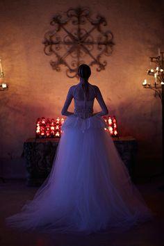 唯美浪漫的女騎士:Vera Wang 2017 春夏婚紗系列