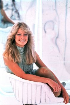 Happy Birthday, Farrah Fawcett! Here's a look back at 11 of her most iconic moments: