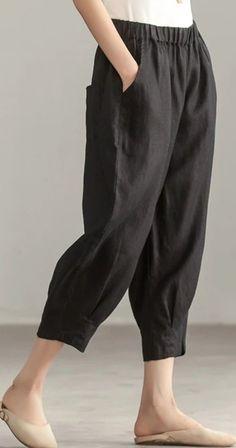 Pants Pattern Free, Harem Pants Pattern, Cotton Harem Pants, Harem Pants Outfit, Jacket Pattern, Fashion Pants, Look Fashion, Fashion Outfits, Queer Fashion