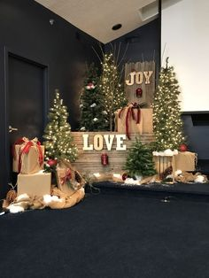 Small church Christmas stage decorations wedding stage Faith Church of Linden Christmas stage Christmas Stage Decorations, Wall Christmas Tree, Christmas Backdrops, Christmas Settings, Noel Christmas, Rustic Christmas, Christmas Photos, Christmas Photo Booth Backdrop, Christmas Booth