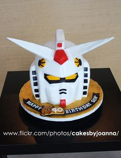 Gundam cake by TheCakingGirl, via Flickr
