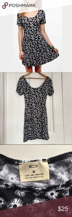 Urban Outfitters Pins & Needles Dress Swing dress with scoop back and flower pattern. Scoop back matches scoop front. Thin and stretchy material but not see through. Super comfy! Never worn. Pins & Needles Dresses Mini