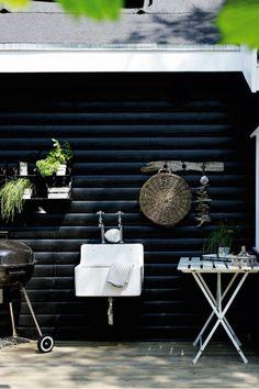outdoor 'kitchen'