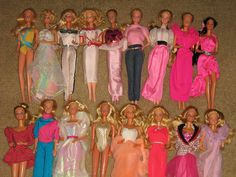 these are not my dolls, but I had a slew of them.....