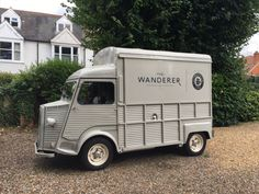 Publican Award winners New World Trading Company (NWTC) has launched its first mobile cocktail bar called 'The Wanderer'. Citroen Type H, Citroen H Van, Gin Based Cocktails, Mobile Cocktail Bar, Best Gin, Gin Bar, Vans, Catering Equipment, Mobile Bar