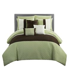 Chic Home Design Osnat Green Queen Comforter Set at Lowe's. A fashion forward bed in a bag comforter set with everything you need for a complete bedroom decor makeover. Elegant and sophisticated color block design King Size Comforter Sets, King Size Comforters, Twin Comforter Sets, King Comforter, Green Queen, Ruffle Bedding, Duvet Cover Sets, Bedroom Decor, Bedroom Ideas