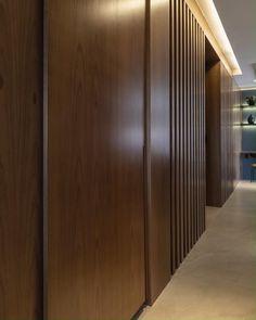 Wardrobe Interior Design, Wardrobe Door Designs, Small House Interior Design, Wood Interior Design, Bedroom Closet Design, Interior Design Inspiration, Room Door Design, Home Room Design, Built In Wardrobe Doors