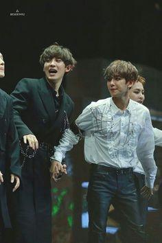 Chanyeol and Baekhyun (ChanBaek) 'ㅅ' Kpop Exo, Baekhyun Chanyeol, Park Chanyeol, Chanbaek Fanart, Exo Chanbaek, Kim Minseok, Exo Ot12, K Pop, Shinee