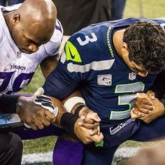 ♥♥ Minnesota Vikings Adrian Peterson and Seattle Seahawks Russell Wilson. Two of the best!