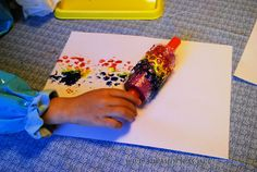 This Painting with Rolling Pins and Bubble Wrap activity is a great way to get kids to experiment with art and paint. Use common household items to create a fun kids activity. Preschool Arts And Crafts, Fun Activities For Kids, Preschool Activities, Crafts For Kids, Toddler Crafts, Painting For Kids, Art For Kids, Preschool Painting, Bubble Wrap Art