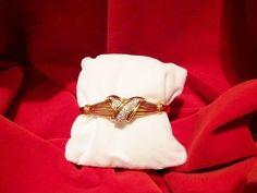Diamond eighteen karat yellow gold bangle