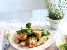Roulade mit Pesto und Schafskäsefüllung ist ein Rezept mit frischen Zutaten aus der Kategorie Rind. Probieren Sie dieses und weitere Rezepte von EAT SMARTER!