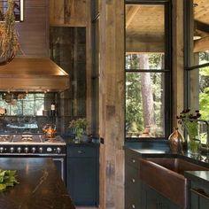 Farmhouse-Style-Home-Jennifer-Robin-Interiors-05-1-Kindesign.jpg