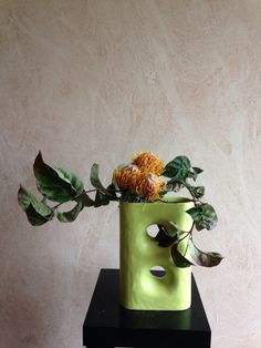 Protea's and leaf cornus Florida Rita Nagelkerke