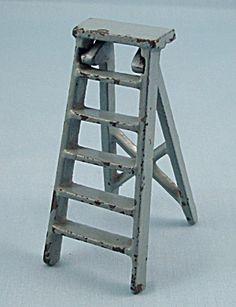 Kilgore Mfg. Co.-Dollhouse Toy - Cast Iron - Folding Step Ladder- Blue/Gray
