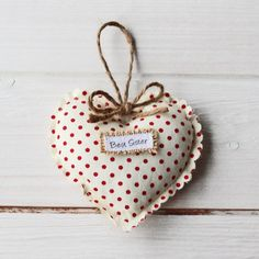 Personalised Sister Vintage Style Heart Gift | justalittlethought.co.uk Vintage Style, Vintage Fashion, Best Sister, Hanging Hearts, Personalised Gifts, Twine, Special Gifts, Sisters, Christmas Ornaments