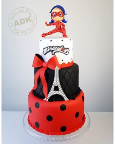 Miraculous cake - Ladybug