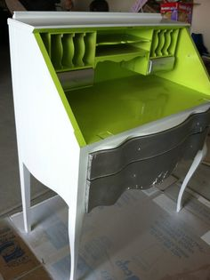 Super Chic Vintage Desk by victoriaguerra on Etsy, $250.00