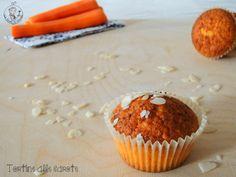 Tortine alle carote Vi va una tortina alle #carote? Voi le mangiavate le camille da piccoli? Io le adoro! Vi aspetto nel mio #BlogGz #laricaincucina http://blog.giallozafferano.it/ricaincucina/tortine-alle-carote/