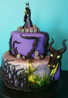 most amazing cakes ever Gorgeous Cakes, Pretty Cakes, Cute Cakes, Amazing Cakes, Disney Desserts, Disney Cakes, Maleficent Party, Maleficent Quotes, Sleeping Beauty Cake