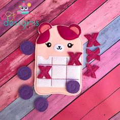 Tic Tac Toe Designs Archives - Page 2 of 7 - E&Me Designs Tic Tac Toe, Diy Gifts For Kids, Diy For Kids, Crafts For Kids, Felt Crafts, Crafts To Make, Easy Sewing Projects, Craft Projects, Felt Games