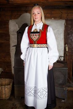 Bunad og Stakkastovo AS Folk Costume, Costumes, Sewing Room Decor, Hardanger Embroidery, Design Research, Ethnic Fashion, Traditional Outfits, Norway, Scandinavian