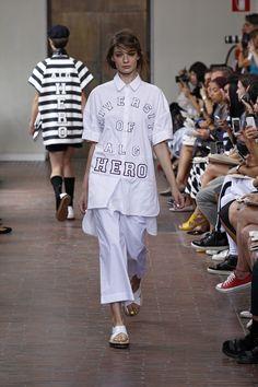 I'M Isola Marras Spring Summer 2015 Fashion Show