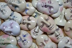the face gallery: ceramic faces by http://www.idianetheface.com