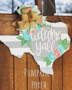 Items similar to Wood State Door Hanger/ Wood State Sign/ State Pride/ Personalized Name Sign/ Gift Ideas/ Door Sign/ Last Name Door Hanger/ Personalized on Etsy, Front Door Signs, Porch Signs, Front Door Decor, Painted Doors, Wooden Doors, Wooden Signs, Texas Crafts, Hospital Door Hangers, Burlap Door Hangers