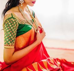Designer blouses are perfect matching for pattu sarees. Here are the top 9 excellent Designer Blouses for Pattu Sarees that you can choose from for your wedding. Wedding Saree Blouse Designs, Pattu Saree Blouse Designs, Blouse Designs Silk, Saree Blouse Patterns, Wedding Sarees, Dress Designs, South Indian Bride, Indian Bridal, Kerala Bride