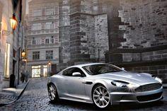 Aston's V12 Vantage