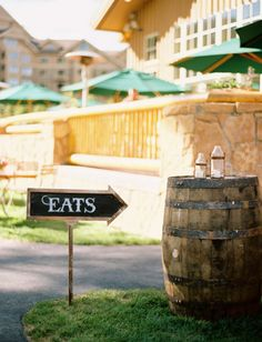 Food this way: http://www.stylemepretty.com/2015/04/10/rustic-ranch-welcome-bbq/ | Photography: Leo Patrone - http://leopatronephotography.com/