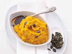 Kürbis-Kartoffel-Püree ist ein Rezept mit frischen Zutaten aus der Kategorie Blütengemüse. Probieren Sie dieses und weitere Rezepte von EAT SMARTER!