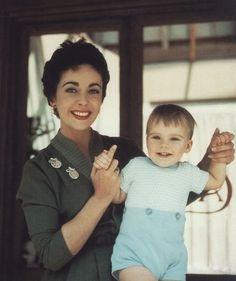 Elizabeth Taylor with son Michael Howard Wilding (1954)