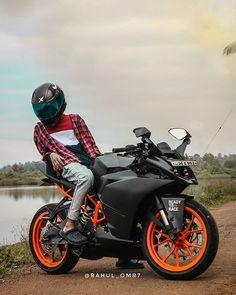 Cute Couple Dp, Ktm Rc 200, Bike Photoshoot, Bike Pic, Boy Photography Poses, Beach Wallpaper, Bike Rider, Super Bikes, Motorbikes