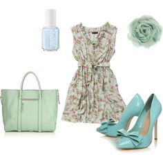 Floral pastel 'Springfit'  Super cute! I would replace pumps for wedges so it'd be more my style