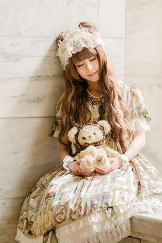 #HimeLolita #Lolita #LolitaMode #LolitaFashion #LolitaStyle #Pastel #Girl #JapaneseMode #Kawaii #Cute #Dress