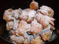 Gli sgonfietti dolci fritti li ho pensati partendo da una pasta base come se fosse la pasta choux....provateli anche voi !!!
