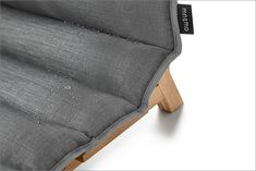 Looking for a dog bed for your pet? We present you a small furniture of contemporary design which co Dog Furniture, Small Furniture, Furniture Design, Designer Dog Beds, People Sleeping, Contemporary Design, Design Trends, Zip Around Wallet, Pets